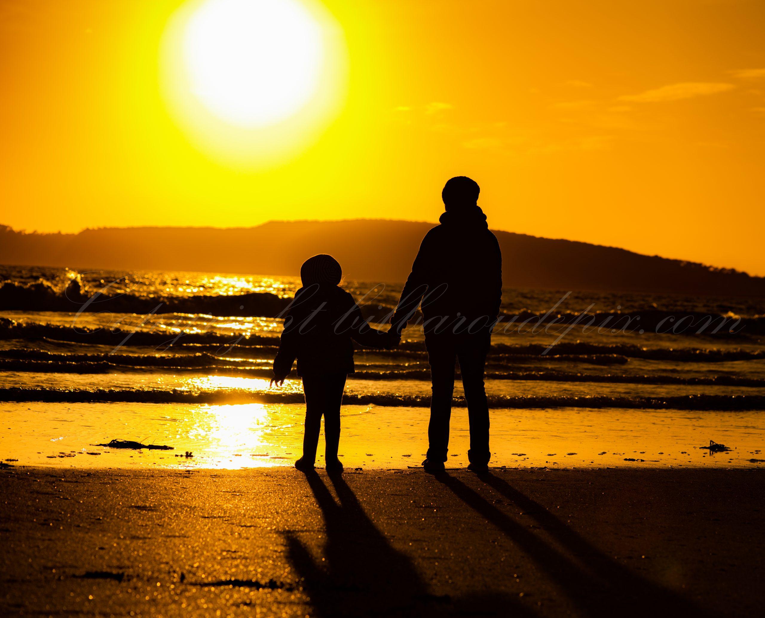 Portrait à contre jour au coucher du soleil